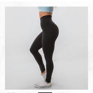 BuffBunny Pants - BUFFBUNNY Athena leggings size small